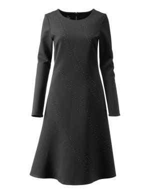 A-shape dress with wide skirt