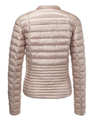 Contrast-detailed quilted jacket
