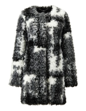 Cosy and soft faux fur jacket