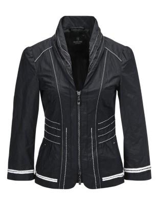 Short tailored blazer