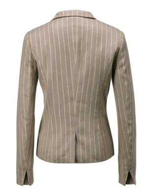 Sporty two-button blazer