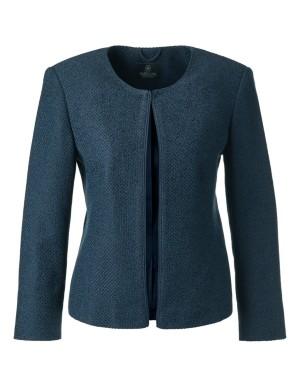 Collarless cropped blazer