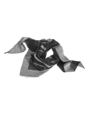 Soft frayed-edge triangular scarf