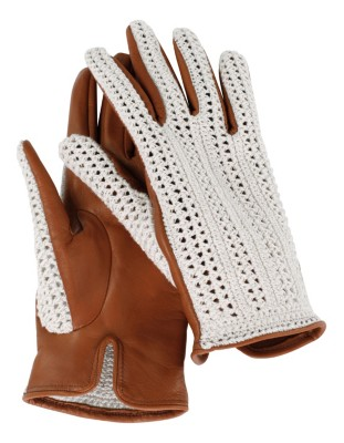 Italian leather and crocheted gloves