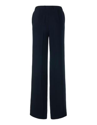 Elegantly wide trousers