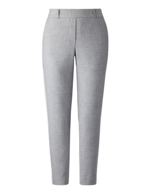 Comfortable cropped trousers with side stripes