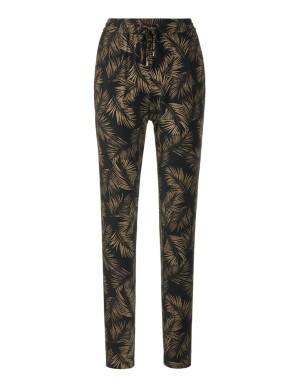 Leaf-print trousers