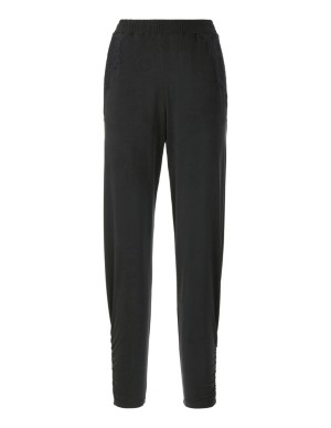 Ruffled trousers with lace trim