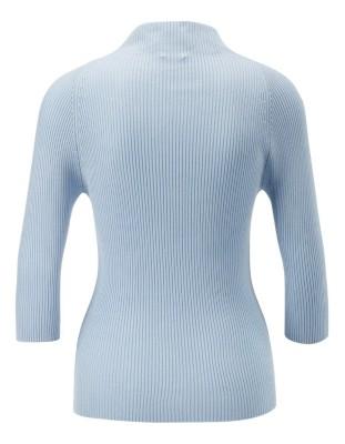 Fine, rib-knit jumper
