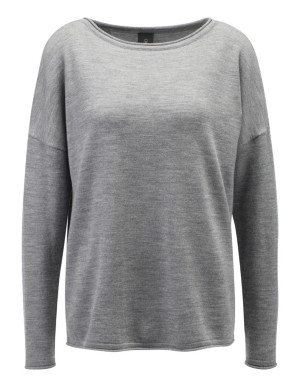 Jumper with diagonal back button placket