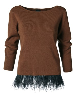 Cashmere jumper with boat neckline and detachable feather hem
