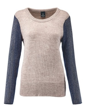 Jumper with contrasting sleeves