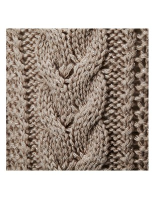 Detailed lustrous yarn jumper
