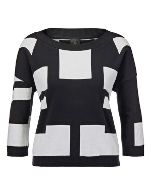 Jumper with geometric pattern