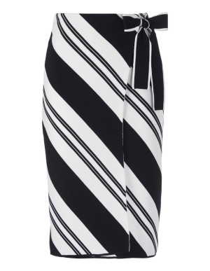 Knitted wrap skirt with stripes