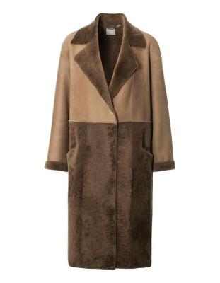 Contrasting Merino lamb coat