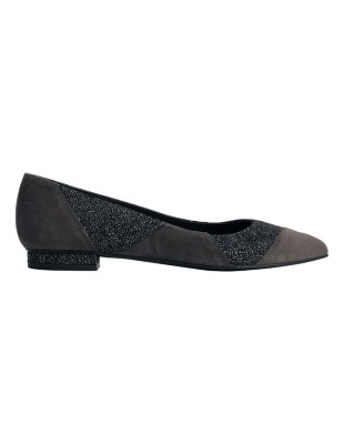 Pointed toe ballet flats