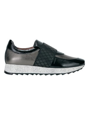 Patent leather loafers with elastic cross strap