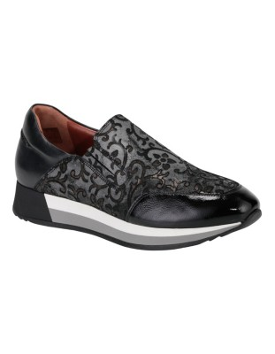 Leather trainers with floral brocade pattern