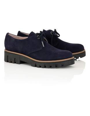 Soft suede lace-up shoes