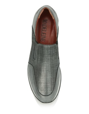Shimmering leather loafers