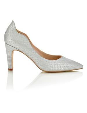 Wavy-edge court shoes