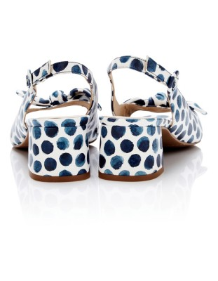Polka dot sandals with decorative bow