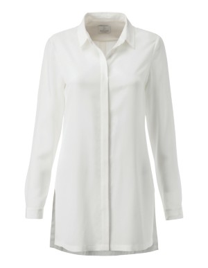 Casual, long-sleeved silk shirt with side slits