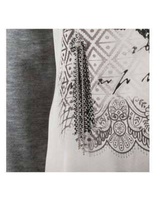 Printed chain pattern top