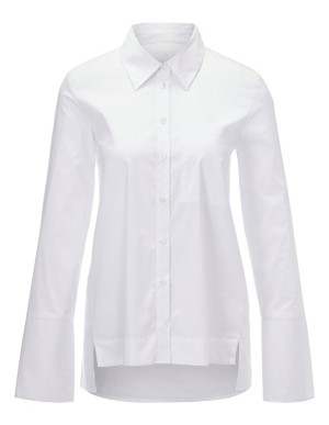 Long-sleeved shirt with elongated back