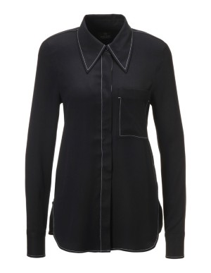 Shirt with contrasting seams
